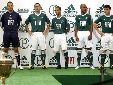 b26482a2ac Palmeiras apresenta camisa inspirada na Copa Rio.