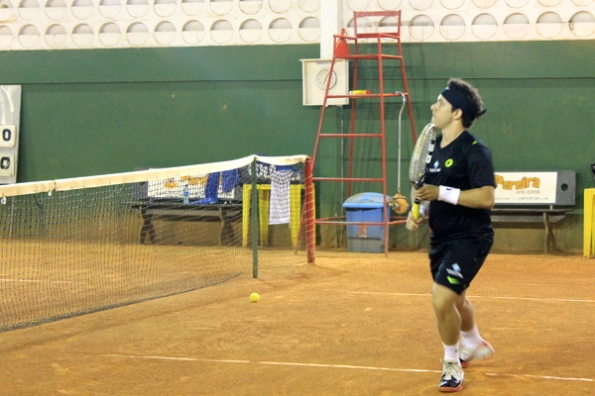 1604 - tenista